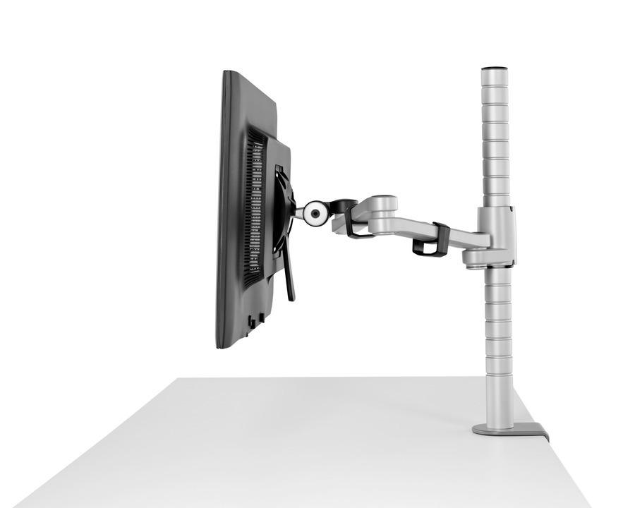 LI TEC P 20120501 016.tifDealerWebsitesFull